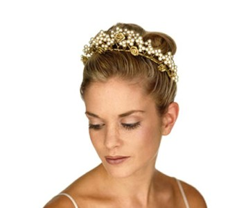 Tiara - style - Isabelle - All ivory pearl's, with gold roses, fitted with small side combs.